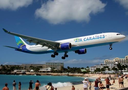 самолет Air Caraibes